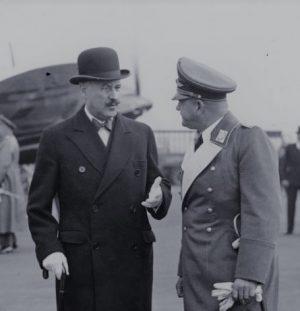 L'ambassadeur et le Dictateur